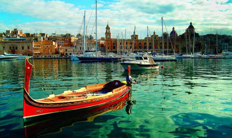 Tour di Malta con voli da Napoli