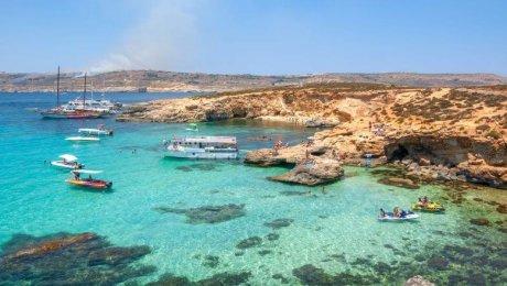 Malta l'estate vicina e serena, Blubay Apts!